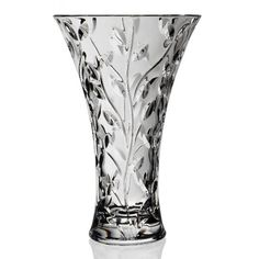 RCR  Laurus Large Vase 30cm    Even a small change in your living room can give new character to the space. Glam up your love nest with some floral magic and crystal charm, as you place fresh flowers in the enchanting depths of this Italian wonder.