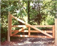 10 Ultimate Clever Ideas: Pallet Fence For Pigs white fence around pool.Cheap Fence For Back Yard high garden fencing. Fence Landscaping, Backyard Fences, Garden Fencing, Pool Fence, Modern Landscaping, Farm Gate, Fence Gate, Wire Fence, Front Yard Fence