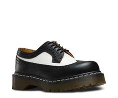 Doc Martens - 3989 BROGUE SHOE BEX 34 F WT BLACK & WHITE 10458001