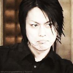 HIS EXPRESSION THOUGH. XD   BUCK-TICK Atsushi Sakurai ♥