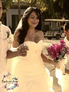 Magia Sobre el Mar   digaloconflores-sai   boda san andres One Shoulder Wedding Dress, Wedding Dresses, Fashion, Floral Decorations, Magick, Bridal Gowns, Wedding, Flowers, Bride Dresses