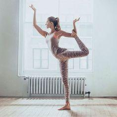 More on TheYogaMentor Instagram - https://www.instagram.com/p/BcO0NCAHDTJ/ fitfam fitspo yoga yogagirl yogini yogapose beachyoga igyoga yogaeverydamnday om Namaste