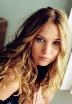 Jennifer Lawrence - Watch Free Movies and TVShows. Pictures and photoes of Jennifer Lawrence Young Actresses, Hollywood Actresses, Actors & Actresses, Blonde Actresses, Black Actresses, Female Actresses, Celebrity List, Celebrity Photos, Miley Cyrus