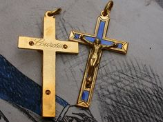 3pcs beautiful blue enamel gold tone vintage crucifix , there are never worn cross , It made in France in 1950s-1960s , I ve bought from a old closed jewelry store , they are all in very nice vintage condition These cross are made in solid brass  They are collectible  Size : 1.4  This lot of medals can not sell separately , Thank you very much for your visit !  Your mail will be sent by simple mail (without insurance ) within 72h after your payment from FRANCE , It take generally 2-3 weeks…