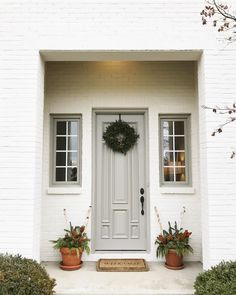 Shoji white and Intellectual Gray by Sherwin Williams Exterior Paint Colors For House, Paint Colors For Home, Exterior Colors, Exterior Design, Exterior Gris, White Brick Houses, Painted White Brick House, Painted Brick Exteriors, Grey Front Doors