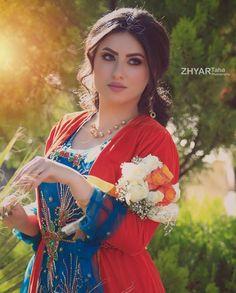 Kurdish dresses: Pinterest @adarkurdish