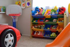 I'm making this! There isn't a toy box big enough for my child's things :)