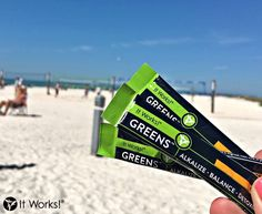 #TBT to last summer on the beach with our Greens on the Go ! This will be your view in just a few short days when we kick off #ItWorksWeek in Bradenton, Florida! Do you have any awesome summer throwbacks of YOUR #ItWorksAdventure ?