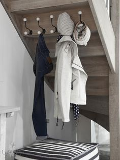 hooks under staircase for bath room closet Stair Storage, Under Stairs, Home Organization, Coat Closet Organization, Interior Design Living Room, Home Deco, Decorating Tips, Small Spaces, Tiny House