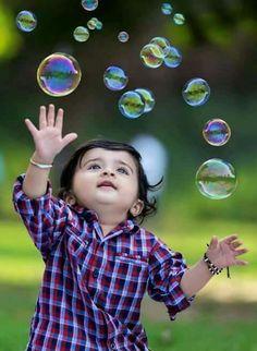 Ideas For Children Photography Outdoors Boys Family Pics Cute Baby Boy, Erwarten Baby, Cute Kids Pics, Cute Baby Girl Pictures, Cute Little Baby, Baby Kind, Baby Love, Cute Baby Girl Wallpaper, Cute Babies Photography