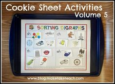 Great center activity for working with blends and digraphs.  Free sample templates and pics for sorting