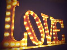 We're coveting this chic signage from #Vintage #Marquee Lights. Not only would it make a great gift for the design devotee, but also give your wedding decor an antiquated appeal.   #vintage #wedding