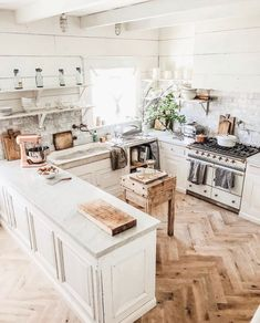 Exceptional Kitchen Remodeling Choosing a New Kitchen Sink Ideas. Marvelous Kitchen Remodeling Choosing a New Kitchen Sink Ideas. New Kitchen, Kitchen Decor, Kitchen Sinks, Kitchen Ideas, Kitchen Small, Order Kitchen, Kitchen With Marble Countertops, Rustic Kitchen, Kitchen Entryway Ideas
