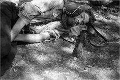 El descanso del soldado republicano. Foto:  Robert Capa, cortesía del International Center of Photography