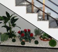jardim embaixo da escada - Pesquisa Google #Jardinzen