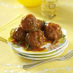 Porcupine Meatballs Recipe- Recipes Well-seasoned meatballs in a rich tomato sauce -Darlis Wilfer, Phelps, Wisconsin Beef Dishes, Food Dishes, Main Dishes, Hamburger Dishes, Hamburger Casserole, Crockpot Dishes, Side Dishes, Meatball Recipes, Meat Recipes