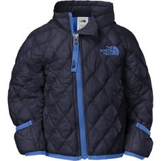 Wrap your baby boy this winter in The North Face Infant Thermoball Down Jacket. Primaloft Thermoball insulation mimics down by trapping heat within small air pockets to keep your little tyke cozy and warm. 30D nylon taffeta will resist wear and tear from bottles, rattlers, or whatever else your little guy can get his hands on.