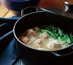小松菜と豚肉だんごのみぞれ鍋 - ル・クルーゼレシピサイト