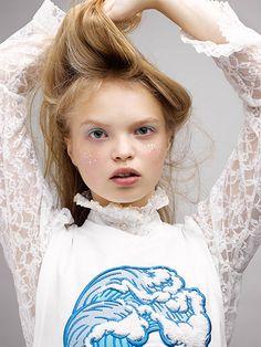 Oyster Beauty: 'Milky Way' Shot By Daria Kobayashi Ritch | Fashion Magazine | News. Fashion. Beauty. Music. | oystermag.com