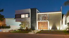 Casa Q by Agraz Arquitectos http://www.homeadore.com/2013/08/26/casa-agraz-arquitectos/