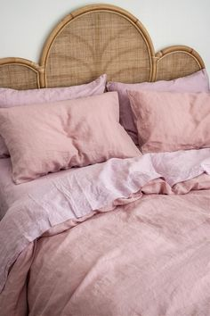 Nothing beats Lilac Wildflower Pink Pure French Flax Linen Bedding! Sourced from France and delivered direct to your door. Romantic Home Decor, Cute Home Decor, Cheap Home Decor, Decoration Inspiration, Room Inspiration, Decor Ideas, Cheap Rustic Decor, Cheap Bedroom Decor, Rustic Home Interiors