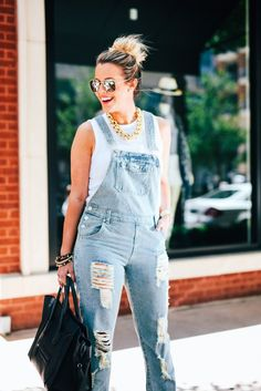 Weekend Ready (What Courtney Wore) What Courtney Wore, Courtney Kerr, New Outfits, Summer Outfits, Love Jeans, Fashion Addict, Fashion Bloggers, Girls Jeans, Spring Summer Fashion