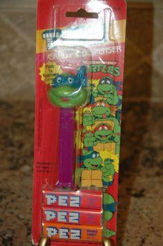 PEZ Teenage Mutant Ninja Turtles - Blue Mask Purple Stem in package