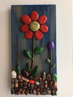 Another small pallet art picture. This one's for my mother in-law. She is a great artist/crafter. She does – BuzzTMZ Stone Crafts, Rock Crafts, Diy And Crafts, Arts And Crafts, Pebble Painting, Pebble Art, Stone Painting, Painted Rock Cactus, Painted Rocks Craft