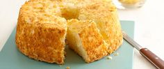Delicious desserts don't get much lighter or simpler than this easy WW Pineapple Angel Food Cake. INGREDIENTS 1 box angel food cake mix (I use Betty Crocker) 1 large can (about 20 ounces) crushed pineapple, undrained HOW Cake Mix Recipes, Ww Recipes, Cooking Recipes, Quick Recipes, Skinny Recipes, Healthy Recipes, Cake Mixes, Pasta Recipes, Recipies