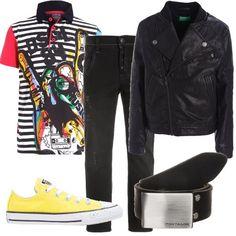Outfit+grintoso+per+bambini+che+amano+la+musica+composto+da+polo+con+stampa+da+abbinare+ad+una+giacca+in+finta+pelle+con+colletto+alla+coreana+e+jeans+slim+fit.+Completano+il+look+sneakers+basse+e+cintura+con+fibbia.