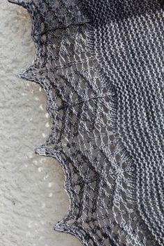 Ravelry: Titanium pattern by Heidi Alander Knit Or Crochet, Lace Knitting, Crochet Shawl, Knitting Stitches, Knitting Designs, Knitting Patterns Free, Knitting Projects, Free Pattern, Knitting Ideas