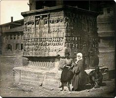 Theodosius's Obelisk, Istanbul 1885 (Photo James Robertson) Old Pictures, Old Photos, Istanbul Pictures, Byzantine Architecture, Crimean War, Tate Britain, Pyramids Of Giza, History Of Photography, Ancient Greece