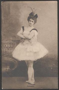 Yekaterina Geltzer in the party for Raymonda in the ballet «Raymonda». Music by Alexander Glazunov. New staging of Alexander Gorsky in 1908. Mariinsky Theatre.