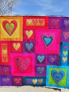 Heart Quilt - wonderful pattern and colours!#Repin By:Pinterest++ for iPad#