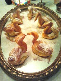 2014-03-22 Hopping Dinner Zürich. Kleine Kunstwerke, viel zu schade zum Essen! Pie, Events, Dinner, Desserts, Food, Cooking Together, Meeting New People, Art Pieces, Essen