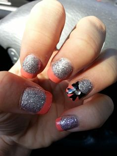Perfect nails for homecoming