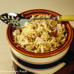 Gooseberry Patch Recipes: Slow Cooker Easy Pork & Sauerkraut