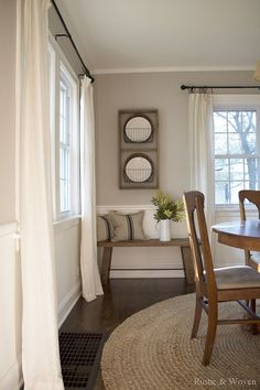 Farmhouse Dining Room Ideas are adorable and lasting, this is simple and stunning rustic farmhouse to impress your dinner guests. Find more about farmhouse dining style joanna gaines, french countr… Dining Room Curtains, Dining Room Windows, Dining Room Colors, Dining Room Design, Curtains Living, Kitchen Colors, Dining Room Rugs, Beige Dining Room, Dining Room Corner