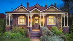 14 Selborne Street, Burwood, Sydney: The symmetrical facade is postcard perfect.
