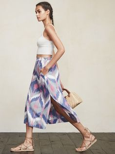 You can pretty much be on your worst behavior and still maintain your ladylike appeal in the Taza Skirt. This is a medium weight linen midi skirt with a. Autumn Clothes, French Braid, Spring Summer 2015, Get Dressed, Tie Dye Skirt, Midi Skirt, July 15, Gowns, Web Images