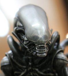 Horror Show, Horror Films, Alien Sigourney Weaver, Alien Photos, Giger Art, Alien 1979, Alien Covenant, Aliens Movie, Alien Vs Predator