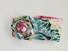 Fabric Bracelet made with succulelnt fabric, long, wide. A rolled flower of the same fabric has a faux pink rhinestone in center. by Knitsplusgifts on Etsy Slap Bracelets, Fabric Bracelets, Fabric Jewelry, Bracelet Making, Jewelry Making, Silk Chiffon Fabric, Vintage Handkerchiefs, Jewelry Ideas, Cuffs