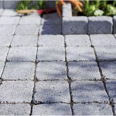 pav samara en b ton gris noir nuanc l 15 x l 15 cm p 60 mm jardin pinterest beton. Black Bedroom Furniture Sets. Home Design Ideas