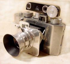 Derlux Gallus Retro Photography, Photography Camera, Photography Equipment, Photography Business, Antique Cameras, Old Cameras, Vintage Cameras, Very Nice Images, Classic Camera