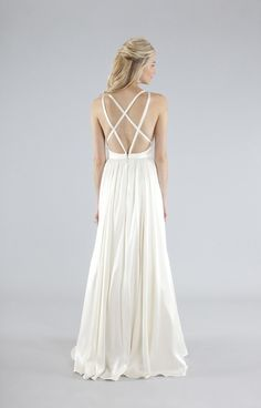 I love the simplicity of this gorgeous Nicole Miller Elizabeth Bridal Gown
