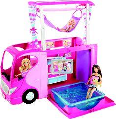 Para aquellos que tenéis niñas en casa, seguro que esta autocaravana de Barbie las vuelve locas.