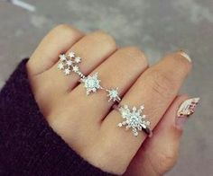 snowflakes rings.. so cute