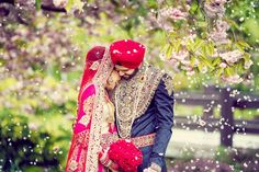 This is the first time that the groom's garment has more beads than the bride' s