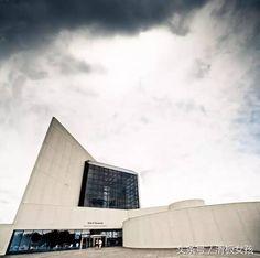 甘迺迪總統圖書館,華裔建築大師貝聿銘的揚名之作。甘迺迪是美國第35任總統,1963年11月22日在達拉斯遇刺身亡。是美國著名的甘迺迪家族成員。