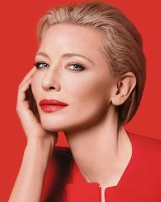 Your source for Cate Blanchett Cate Blanchett Carol, Melbourne, Giorgio Armani Beauty, 90s Hairstyles, Beautiful Actresses, Hollywood Stars, Color Photography, Colourful Photography, Actors & Actresses